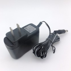 AC adapter AC / DC converter 110-240VAC to 9VDC up to 1A